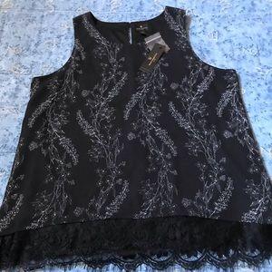 Worthington Black & White Floral Lace Trim Top PL